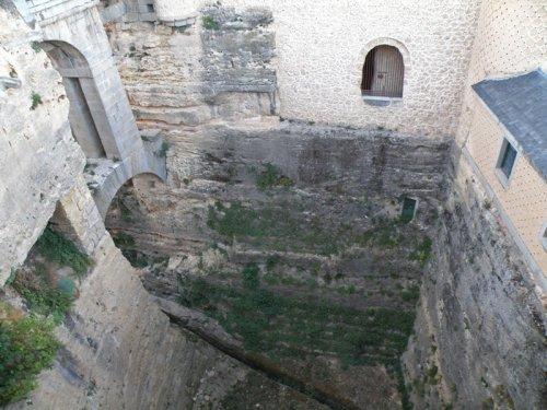 Foso a la entrada del Alcázar de Segovia