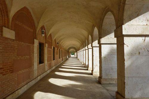 Galería de las Casas de Caballeros y de Oficios de Aranjuez