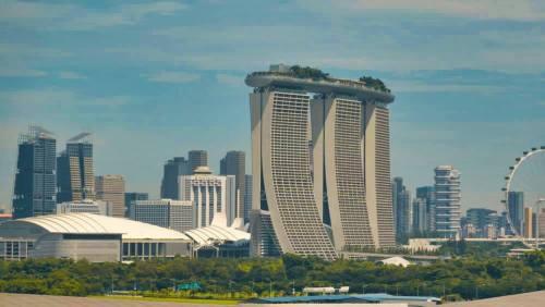 Complejo de Marina Bay Sands dominando el skyline de Singapur