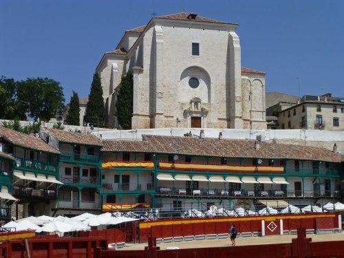 Iglesia de Nuestra Señora de la Asunción desde la Plaza Mayor de Chinchón