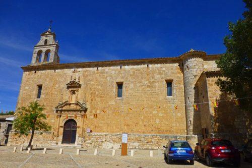 Iglesia de San Juan Bautista, en su interior se encuentran las Pinturas Murales de Alarcón