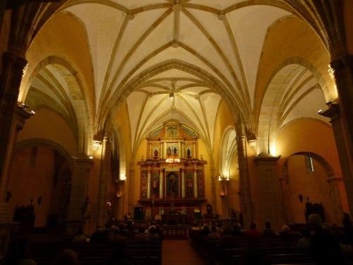 Interior de la Iglesia de San Pedro en Noja