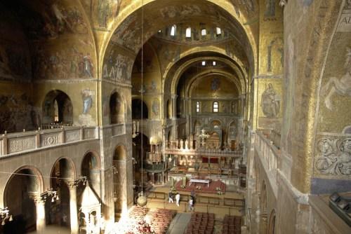 Interior de la Basílica de San Marcos
