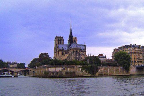 Catedral de Notre Dame en la Isla de la Cité