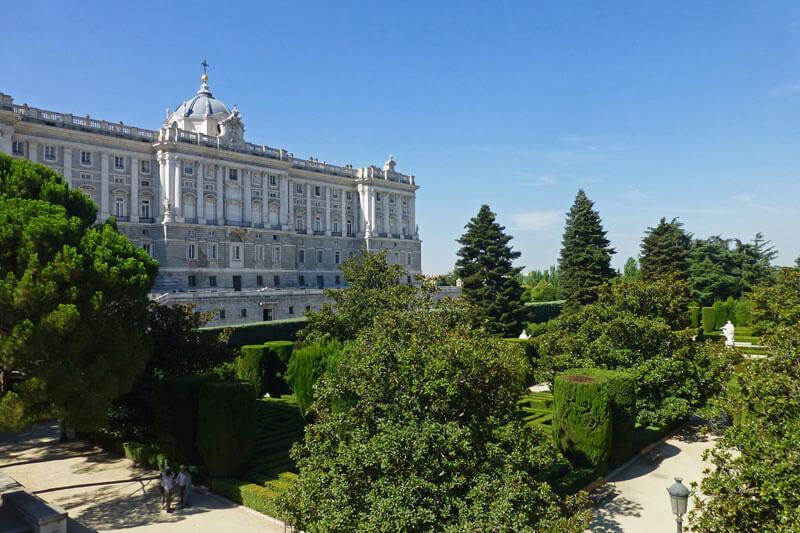 Palacio Real De Madrid Historia Que Ver Horario Entradas Como