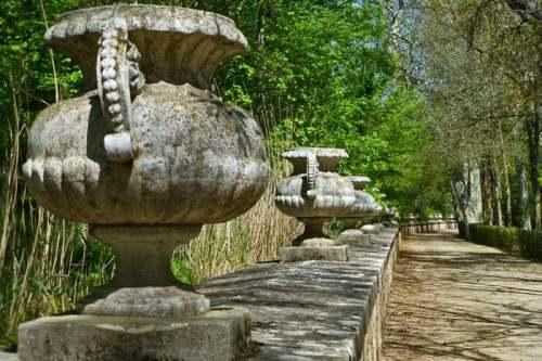Paseo de jarrones en el Jardín del Príncipe de Aranjuez