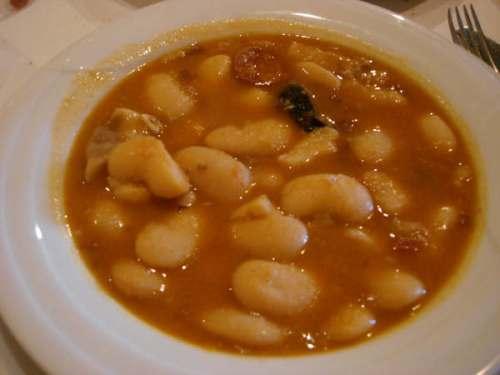 Judiones, uno de los platos tradicionales de la gastronomía de La Hiruela