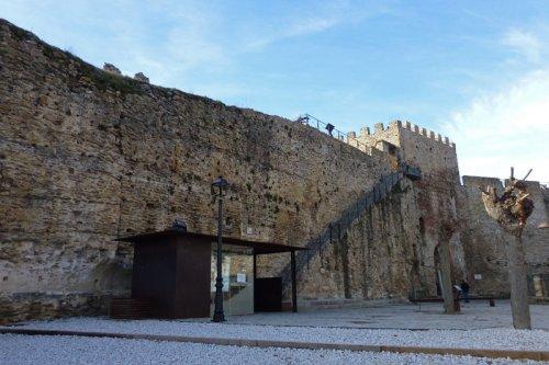 Adarve alto de las murallas de Buitrago del Lozoya