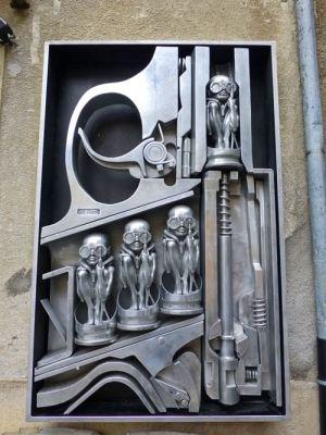 Escultura del Museo H. R. Giger en Gruyeres