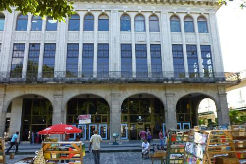 Museo Nacional de Historia Natural de Cuba en la Plaza de Armas, museos de La Habana