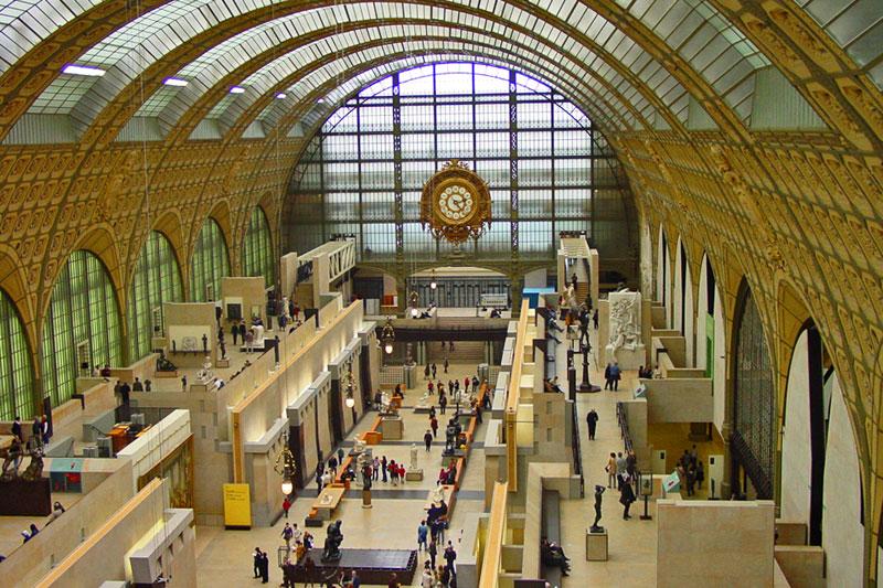 Museo de Orsay en París, alberga la mayor colección de obras impresionistas del mundo