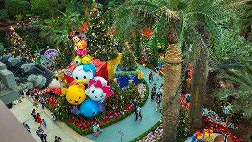 Jardines de la Bahía de Singapur adornados por Navidad