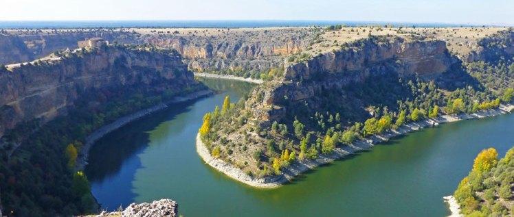 Hay mucho planes para disfrutar del otoño en España, aquí te proponemos visitar las Hoces del Río Duratón