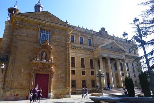 Palacio de Anaya, el principal edificio civil de la Plaza de Anaya