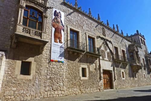 Palacio de los Condestables de Castilla o Casa del Cordón de Burgos