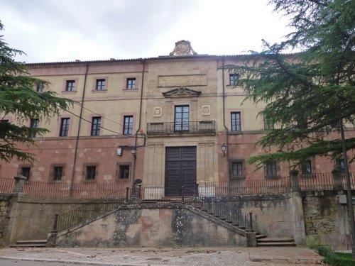 Palacio Episcopal de Sigüenza (Antigua Universidad)