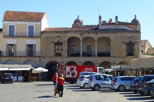 Palacio de los Marqueses de Piedras Albas en la Plaza Mayor de Trujillo
