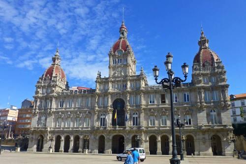Palacio Municipal de La Coruña, en su interior está el Museo de los Relojes