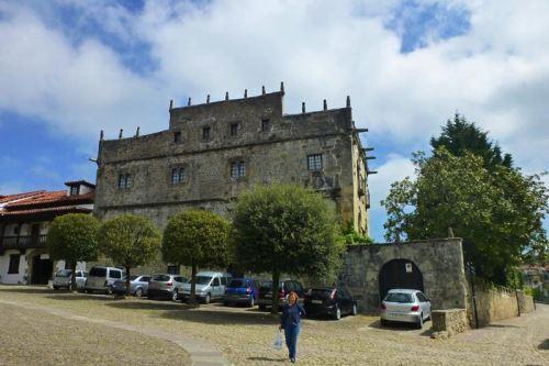 Palacio de Velarde o Palacio de las Arenas en Santillana del Mar