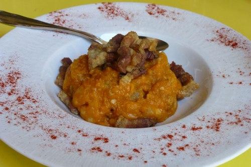 Patatas revolconas, típicas de la gastronomía de La Vera