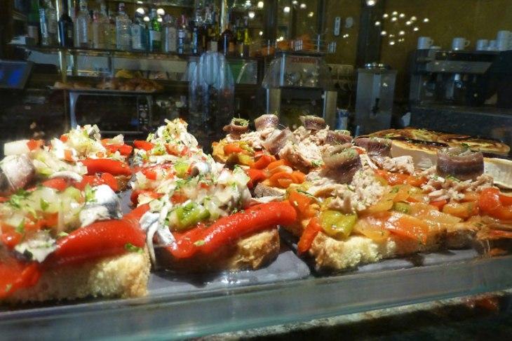 Gastronomía de Pamplona - comida típica, bebidas y dulces