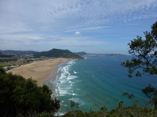 Playa de Berria vista desde el Monte Buciero