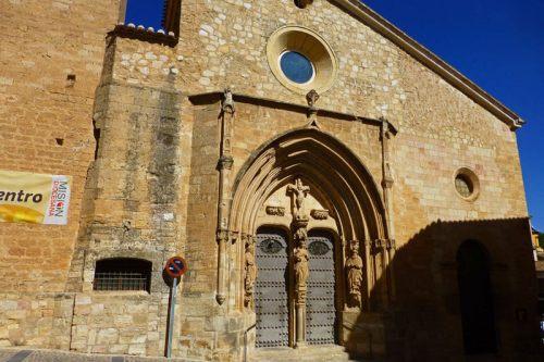 Portada principal de la Iglesia de Santa María del Salvador