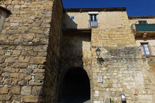 Puerta del Azogue o Arco del Ecce Homo en Sepúlveda