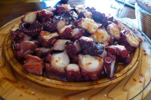 Pulpo a la gallega, uno de los platos típicos de la gastronomía de Monforte de Lemos