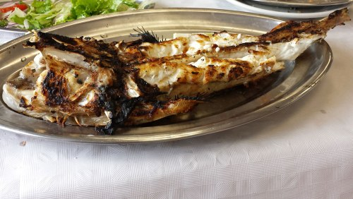 Rape del Cantábrico, uno de los platos típicos de la gastronomía de Comillas