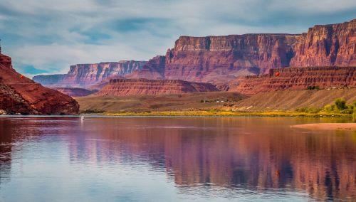 Río Colorado a su paso por el estado de Arizona