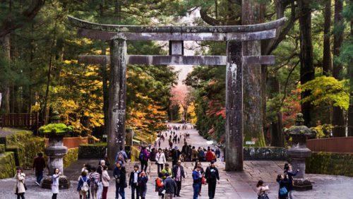 Torii de entrada al Santuario Toshogu en Nikko