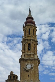 Torre barroca de La Seo