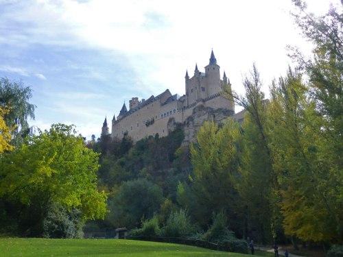 Vistas del Alcázar de Segovia desde el Mirador de la Pradera de San Marcos