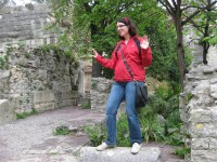 Because all normal people pretend that they're surfing on the ruins of the temple de Diane... Am I right? N'est-ce pas?