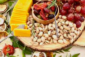 how to make a cheese board with seasonal ingredients
