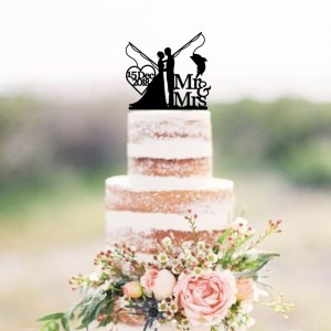 Quick Creations Cake Topper - Bride & Groom Fishing Mr & Mrs Date