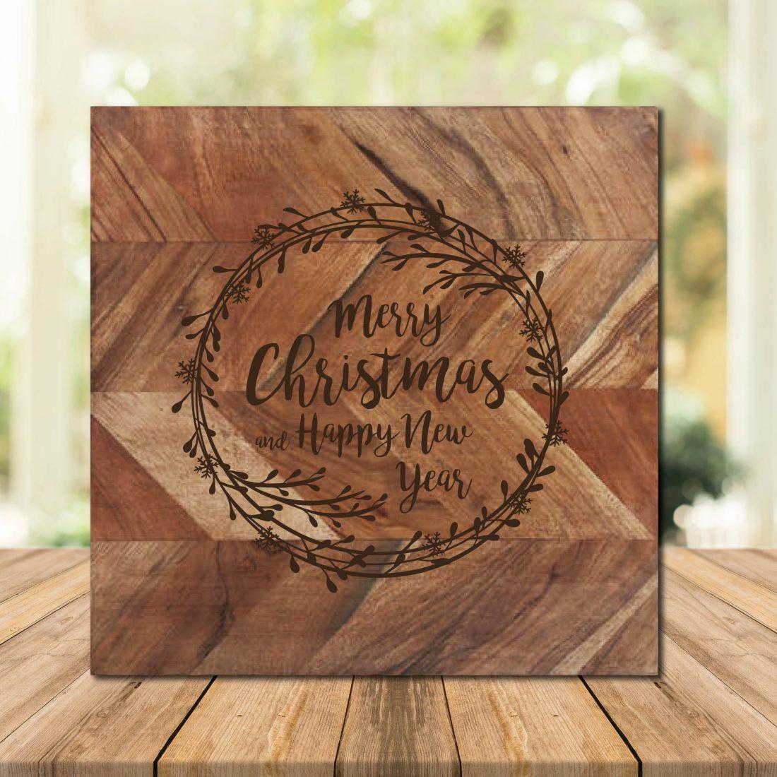 Merry Christmas Wreath Chopping Board