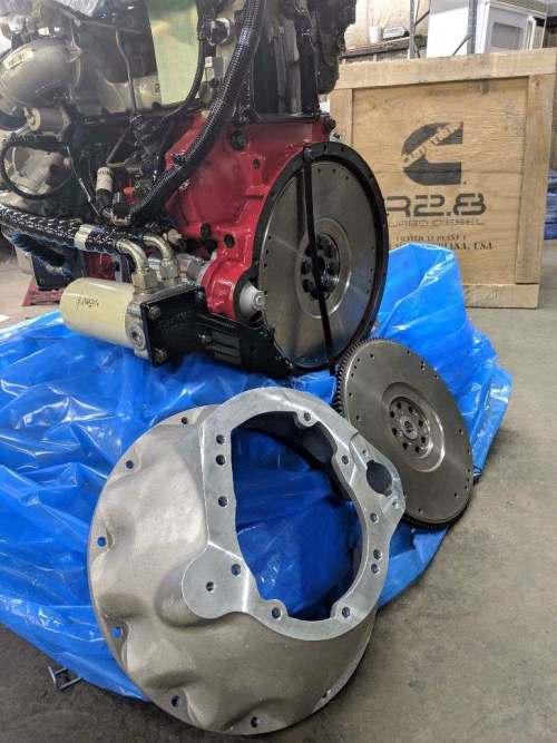 Cummins R2.8 Crate engine with manual adapter kit
