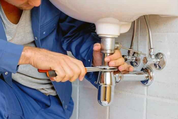 must have tools for plumbers