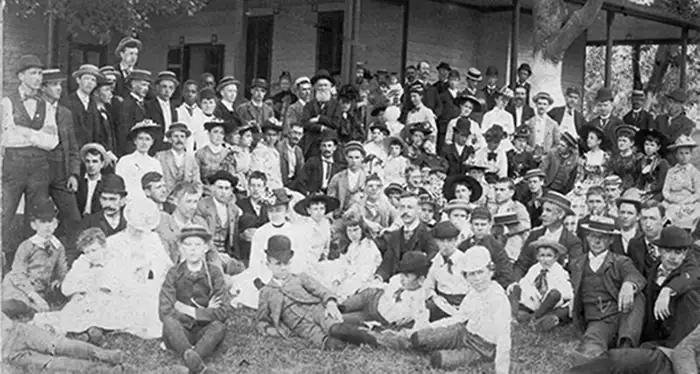 The Deaf Community of Martha's Vineyard
