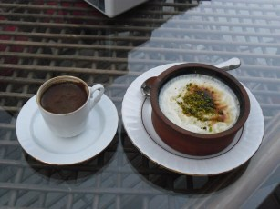 Turkish coffee and rice pudding