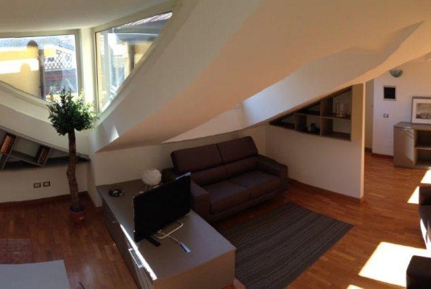 Appartamento In Vendita Mq 130 Quartiere Santambrogio