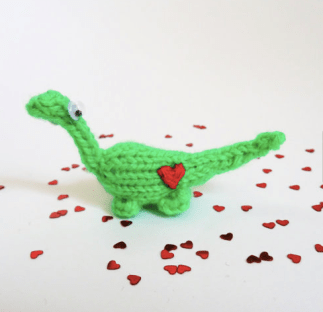 Knitted Dinosaur by Suzzlescraft