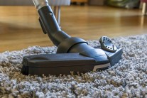 How to Make Easy DIY Carpet Cleaner and Deodorizer