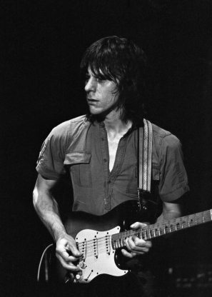 Celebrities with Tinnitus - Jeff Beck Tinnitus