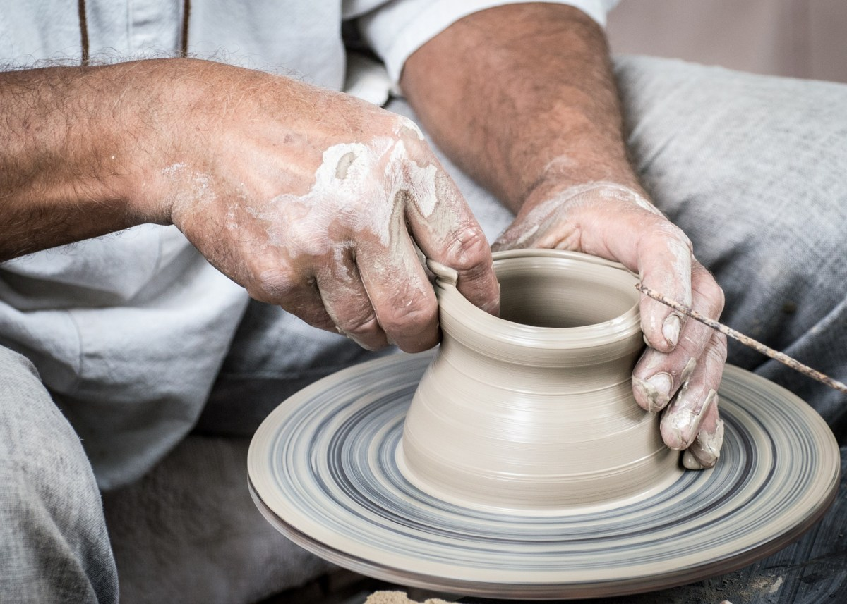 The Potter and the Clay :: Quietly Through Thursday LinkUp #13