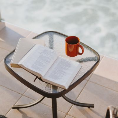 21 Encouraging Scriptures to Start Your Day with God