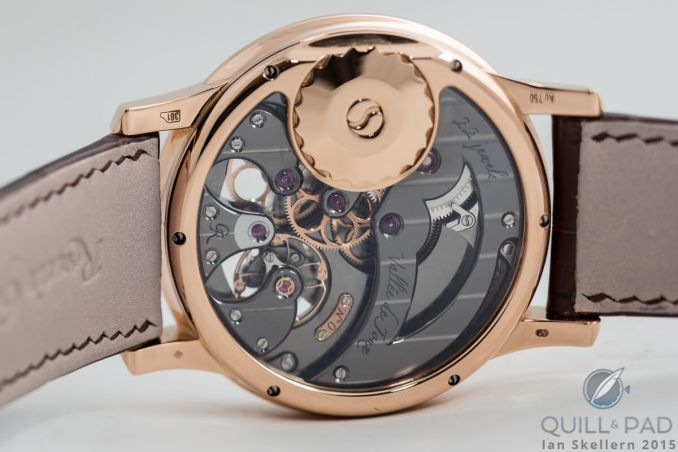 The Romain Gauthier HMS Ten features a flat crown on the back