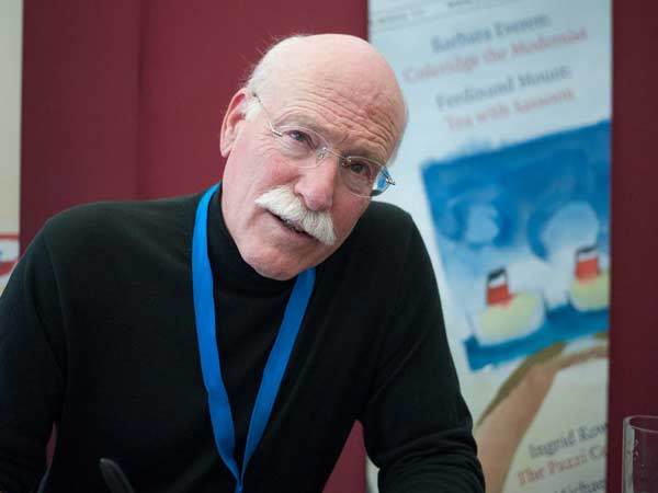 The author Tobias Wolff at a book signing